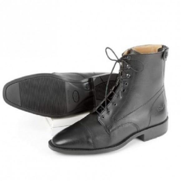 Usg Lovagló Cipő Elegant Fekete 44